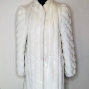 Jordache Faux Fur White Mid-Length Winter Coat
